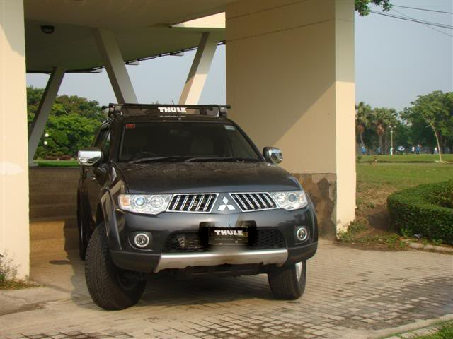 PS in Thailand with Thule Roof Rack Dsc09311
