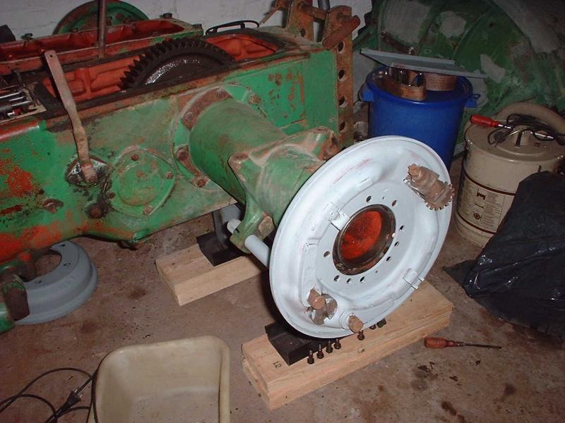 Un D25 en cours de restauration Dscf0029