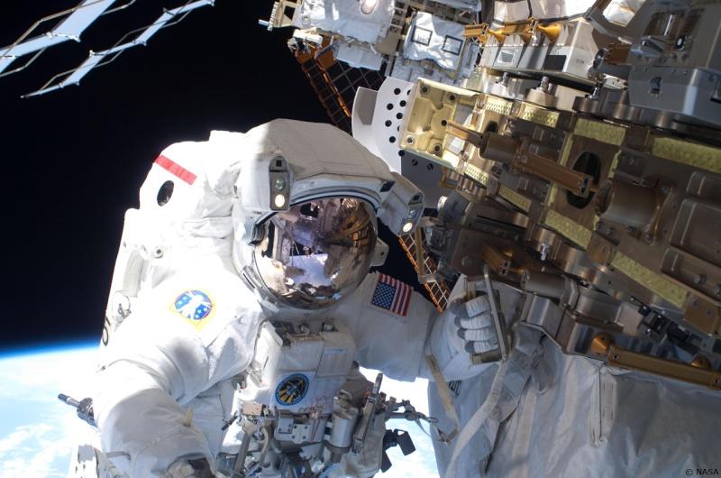 [STS-131 / ISS19A] Discovery : déroulement de la mission - Page 13 Rick_m11