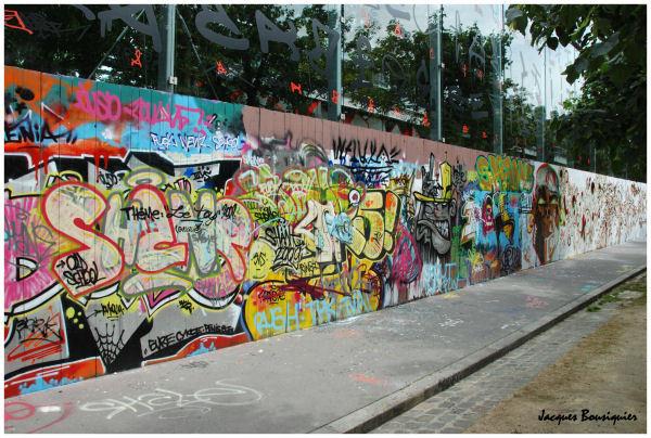 Poster un graffiti Graffi11