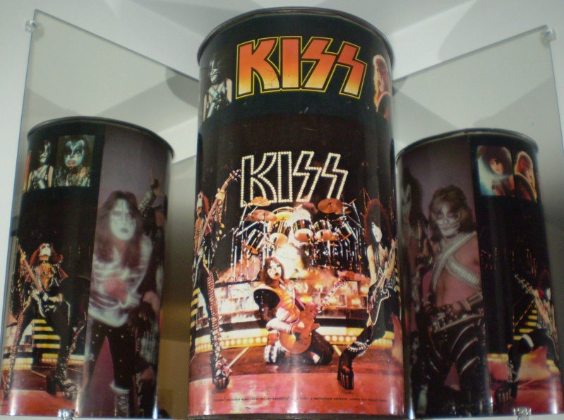 MY KISS ROOM COLLECTION!!!! - Page 3 Pa140010
