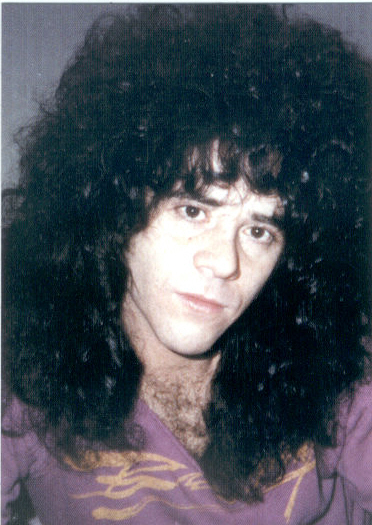 Eric Carr - Page 4 Photo140