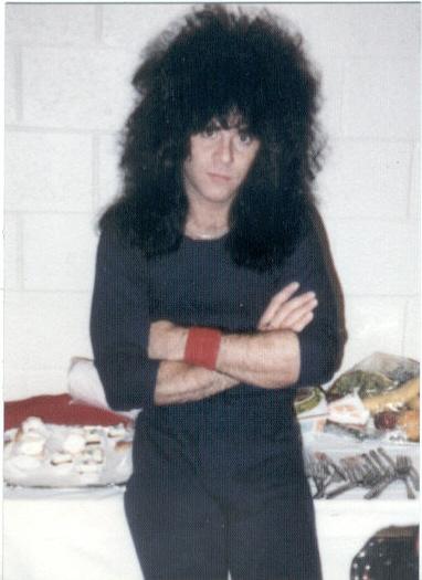 Eric Carr - Page 4 Photo141