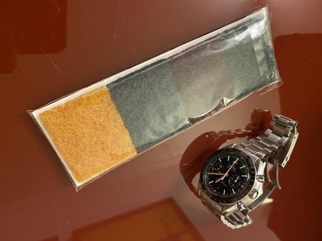 Remover riscos e marcas de relógio ou bracelete Metal Escovado... experiências? Img_2511