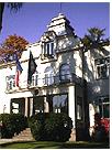 Les Ambassades de France dans le Monde - Page 8 Photoa11