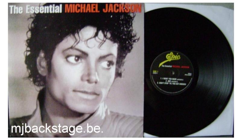 [résolu] The Essential Michael Jackson - Double 33 Tours blanc Essent10