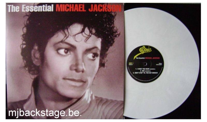 [résolu] The Essential Michael Jackson - Double 33 Tours blanc Essent11