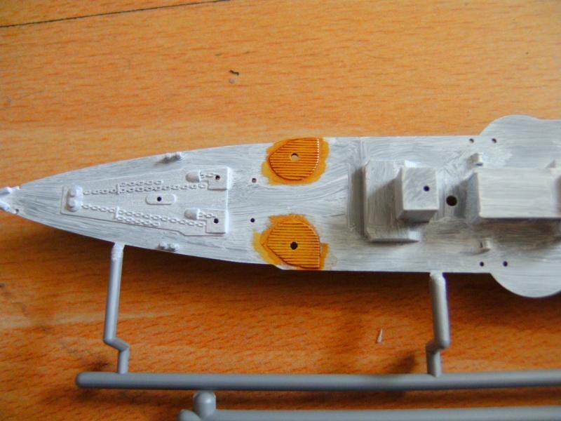 leichter Kreuzer Emden 1:350 von Revell Pict0220