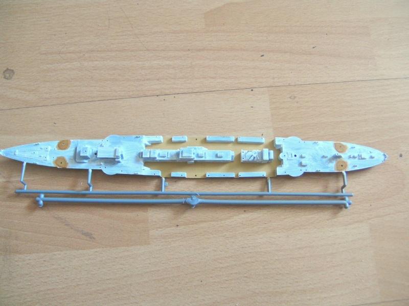 leichter Kreuzer Emden 1:350 von Revell Pict0223