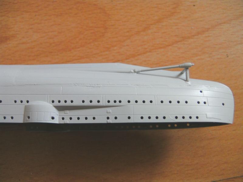 leichter Kreuzer Emden 1:350 von Revell Pict0231
