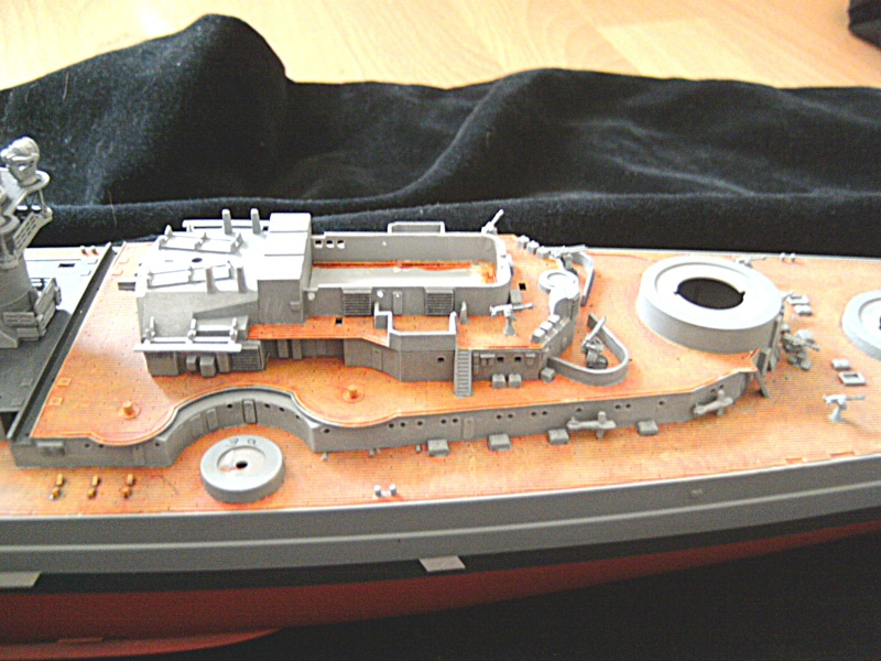Schlachtschiff Bismarck Revell 1:350 Pict1611