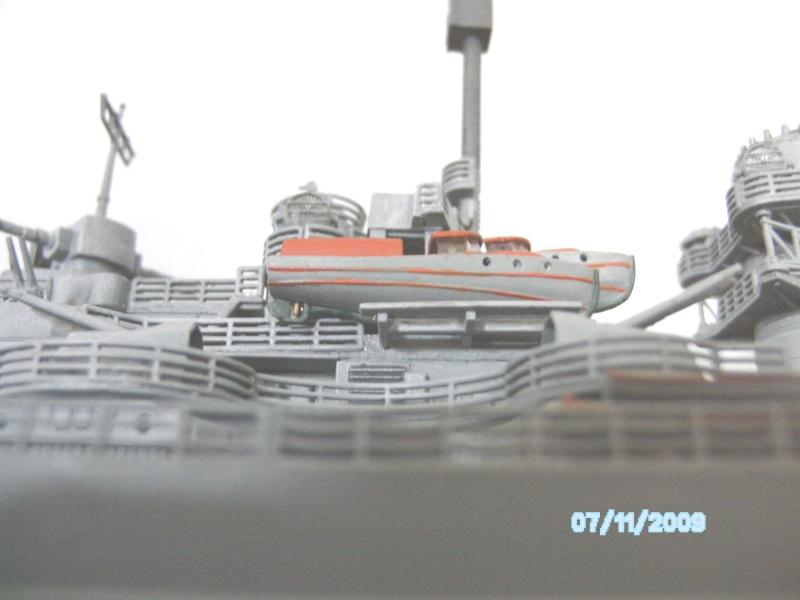 Schlachtschiff Bismarck Revell 1:350 Pict2510