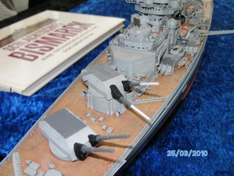 Schlachtschiff Bismarck Revell 1:350 Pict2917