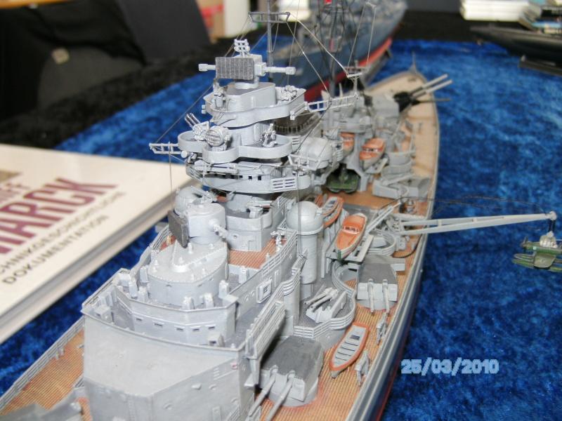 Schlachtschiff Bismarck Revell 1:350 Pict3010