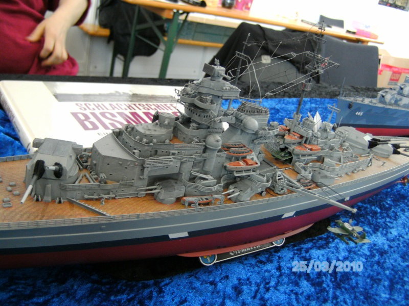 Schlachtschiff Bismarck Revell 1:350 Pict3012