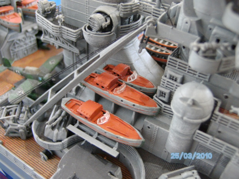 Schlachtschiff Bismarck Revell 1:350 Pict3014