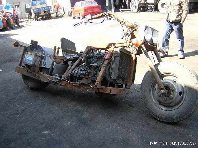 No limit à l'imagination pour les motos, Humour of course! - Page 4 Hd_chi12