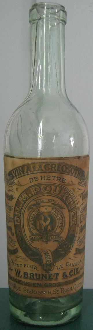 Bouteille 'Vin à la créosote de hêtre' W. Brunet et Cie BIMAL de Québec Brunet10