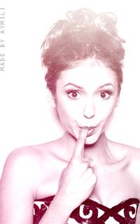 nobody's perfect. I'm nobody. bella's gallery © aymili Nina_d11