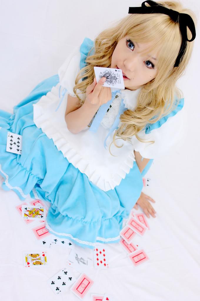 le jeu des cosplay Alice_10