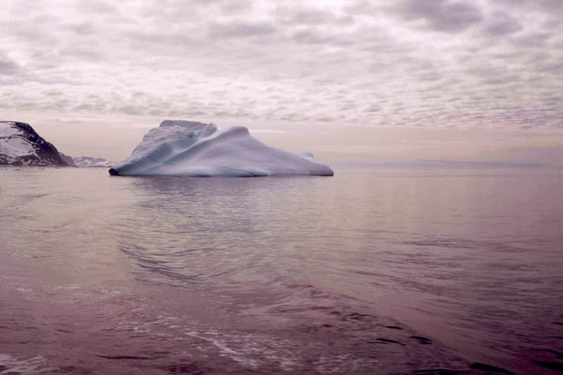 New-York, Iceberg, Monbalen, Pont de Pierres, Luminaire dans la brume / 5 photos Iceber11