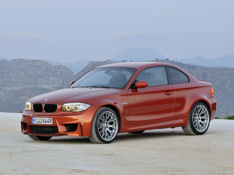 Photo présentation officielle + essais  BMW 1 M E82-2011 1010
