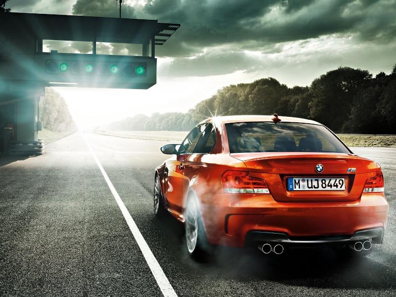 Photo présentation officielle + essais  BMW 1 M E82-2011 212