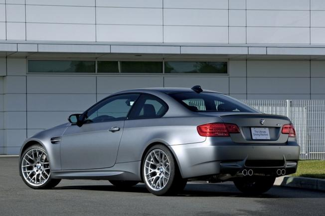 BMW M3 E92 Frozen Gray-2010- Market US. 33018610