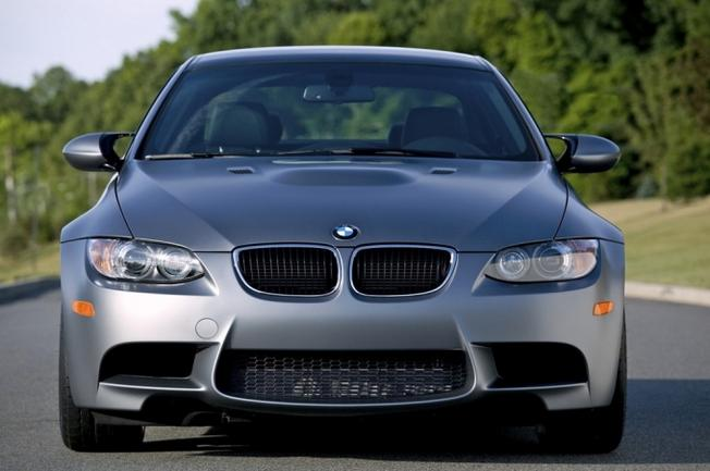 BMW M3 E92 Frozen Gray-2010- Market US. 36-pho10