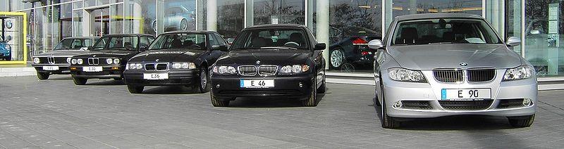 Présentation BMW série 3 E 90 800px-13