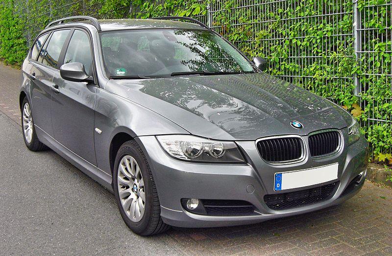 Présentation BMW série 3 E 90 800px-14