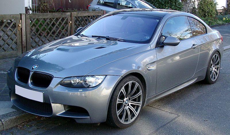 Présentation BMW série 3 E 90 800px-15