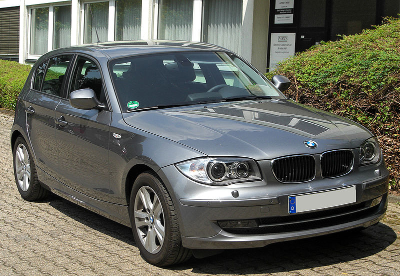 Présentation BMW série 1 800px-19