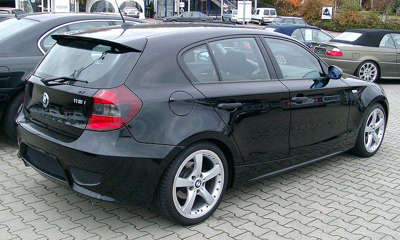 Présentation BMW série 1 800px-24