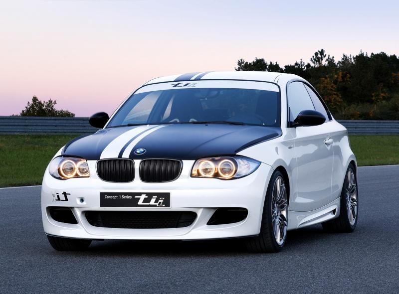 BMW série 1 Tii 800px-26