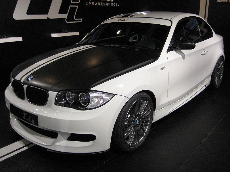 BMW série 1 Tii 800px-28