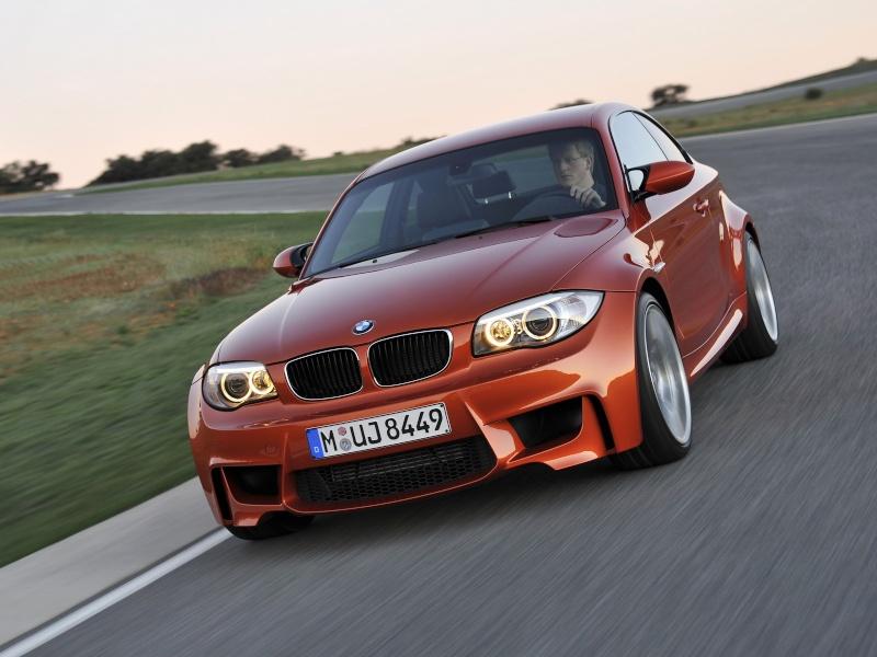 Photo présentation officielle + essais  BMW 1 M E82-2011 910