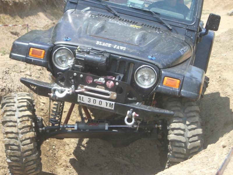 Kit carrozzeria AEV: questione d'altezza... Cimg2410