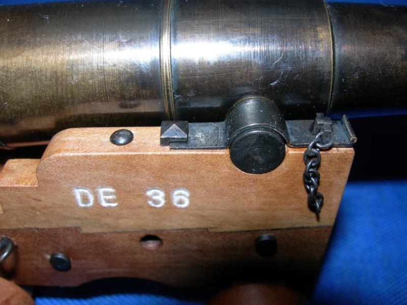 Poste de combat du canon de 36 du V74 canons, echelle 1:24 Dscn4125