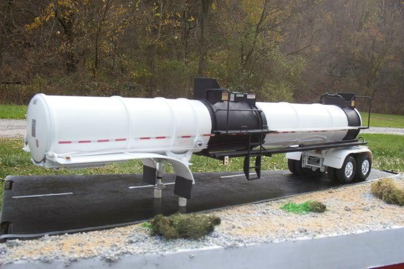 remorque us transport matières corrosives Mypict10