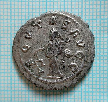 Monnaie de QUIETUS ... ESUGENOS Dsc04044