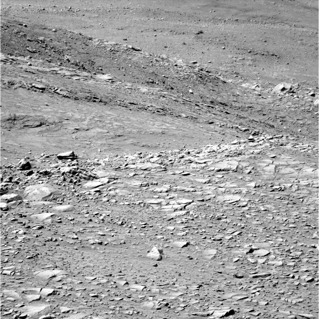 Mars - Lander and Rover Images 2p146610