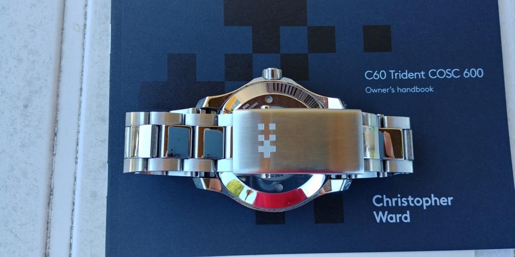ward - La montre de plongée Christopher Ward C60 Trident COSC 600 mouvement SH21  20180823