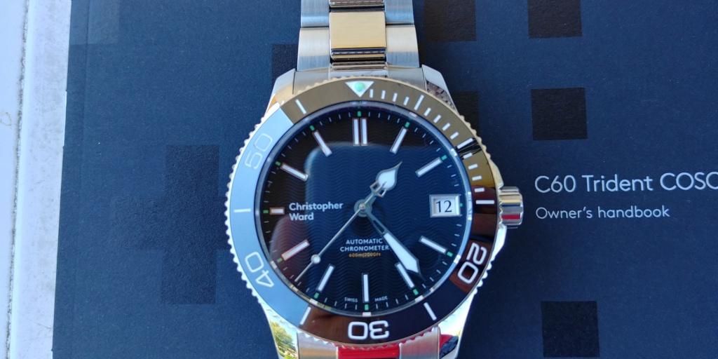 ward - La montre de plongée Christopher Ward C60 Trident COSC 600 mouvement SH21  20180826