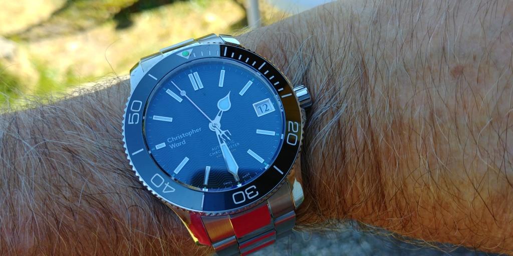 ward - La montre de plongée Christopher Ward C60 Trident COSC 600 mouvement SH21  20180830