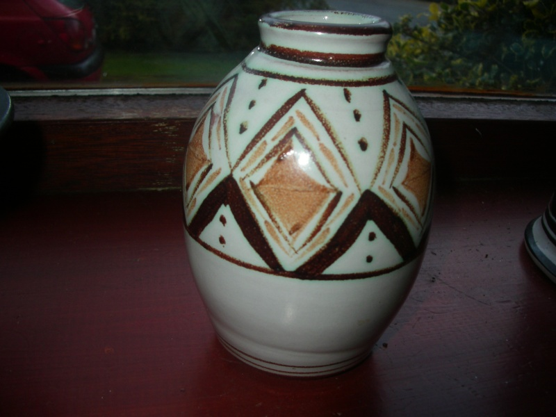 Aldermaston Pottery 00211