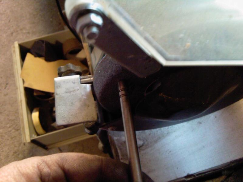 1030 -   1030 MOTOSTANDARD  GUTBROD SUPERIOR 16   REVISION DES 50 ANS  Photo153