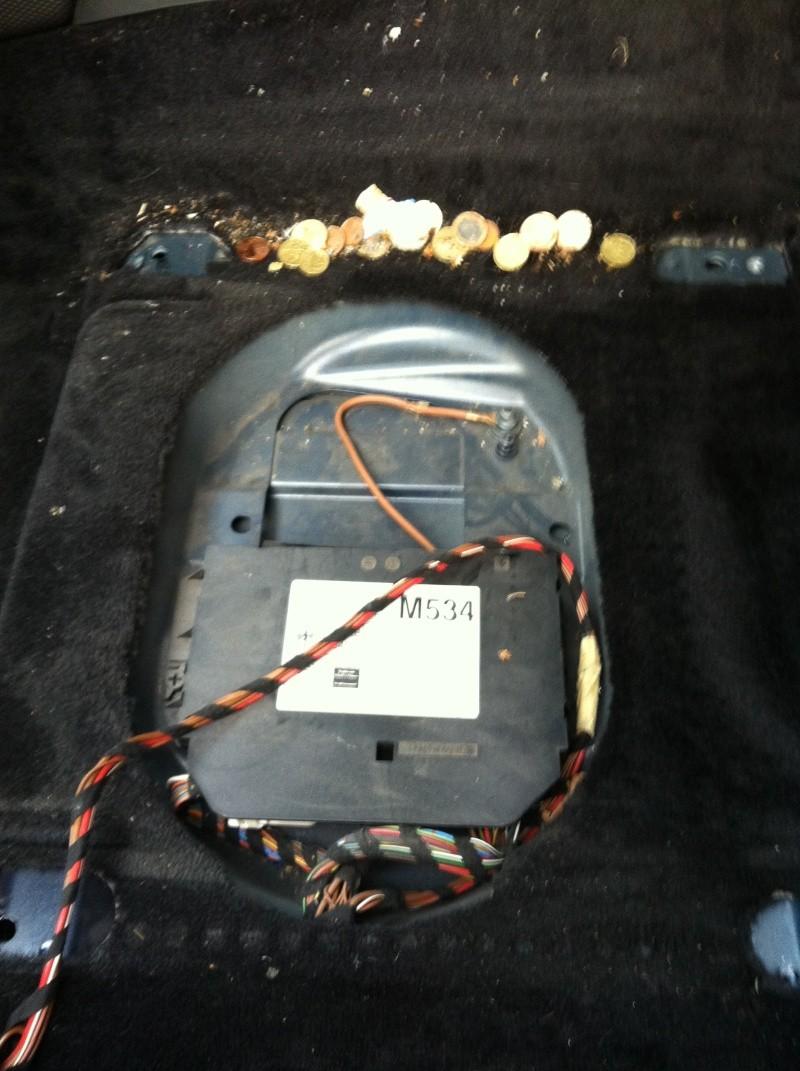Changement du contacteur du Neiman sur mon Boxster 986 [Dispo ICI] Img_1230