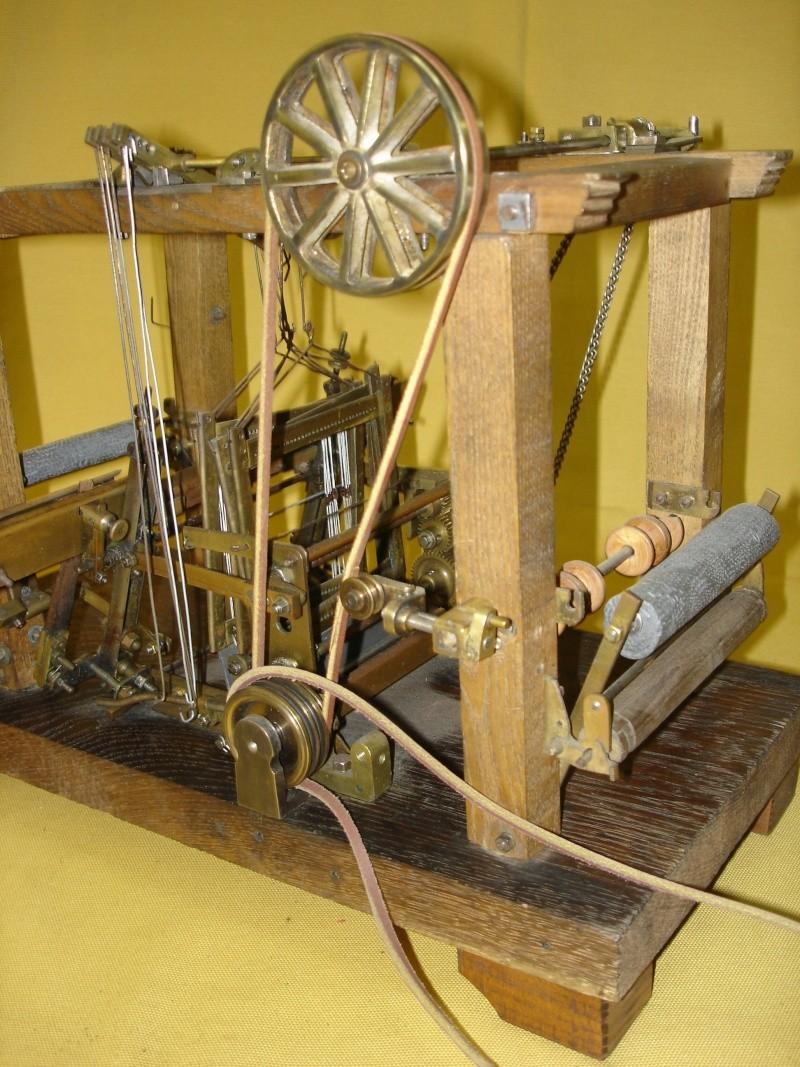 Modello di telaio tessile in legno originale fine'800-primi '900 Dsc00027
