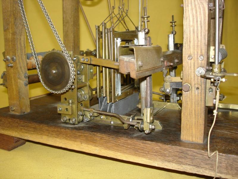 Modello di telaio tessile in legno originale fine'800-primi '900 Dsc00030